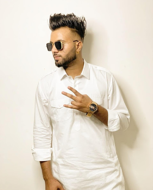 Parry Sidhu Punjabi Singer Height Age Wife GirlFriend Family Song Affairs Biography Wikipedia & More - MyTrendingStar.com