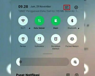 ketuk icon di smartphone Realme