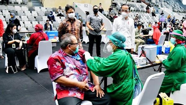 Indonesia Setujui Penggunaan Vaksin Sinovac untuk Lansia di Atas 60 Tahun