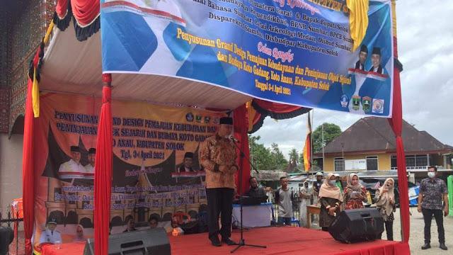 Gubernur Mahyeldi saat membuka acara Grand Design Pemajuan Kebudayaan Nagari Koto Gadang Koto Anau, Sabtu 3 April 2021. (Dok. Istimewa)