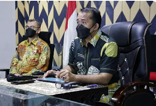 Wakil Wali Kota Harapkan Bantuan Beras  PPKM Diserahkan Kepada Masyarakat yang Betul-betul Membutuhkan