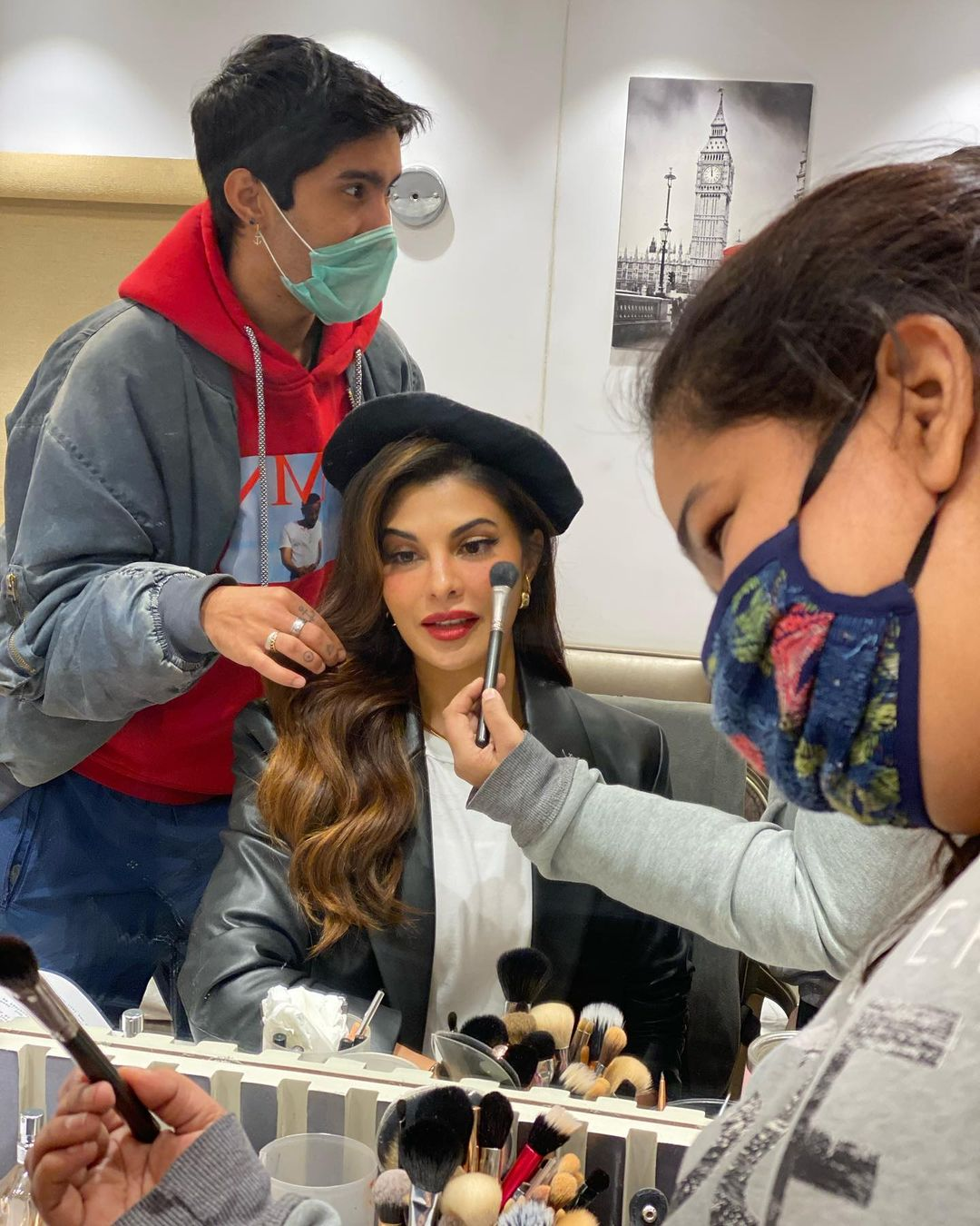 """Actors Gossips: Jacqueline Fernandez shares photos of her glam look from """"Bhoot Police"""" set"""