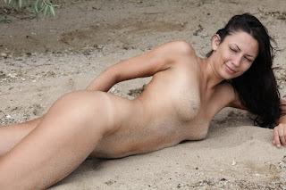 hot chicks - lusee_28_45884_9.jpg