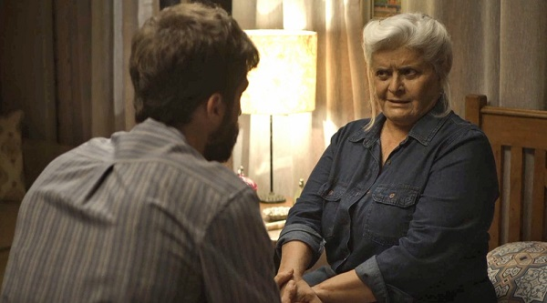 Nilda diz a Rael que tem poucos dias de vida (Imagem: Reprodução/TV Globo)