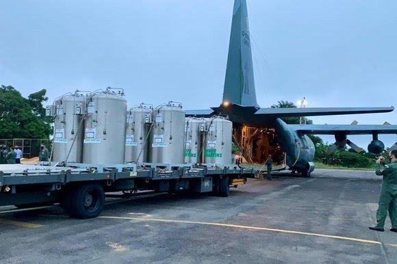 Governo federal envia 30 mil metros cúbicos de oxigênio para Manaus