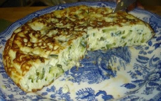 Tortilla de calabacin y queso