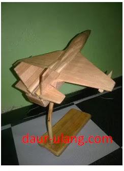 Ide Kreatif Kerajinan Tangan Pesawat Dari Stik Es Krim