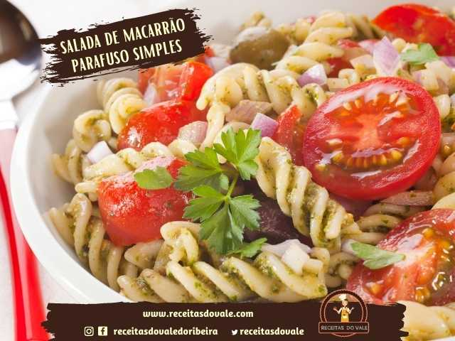 Receita de Salada de Macarrão Parafuso Simples