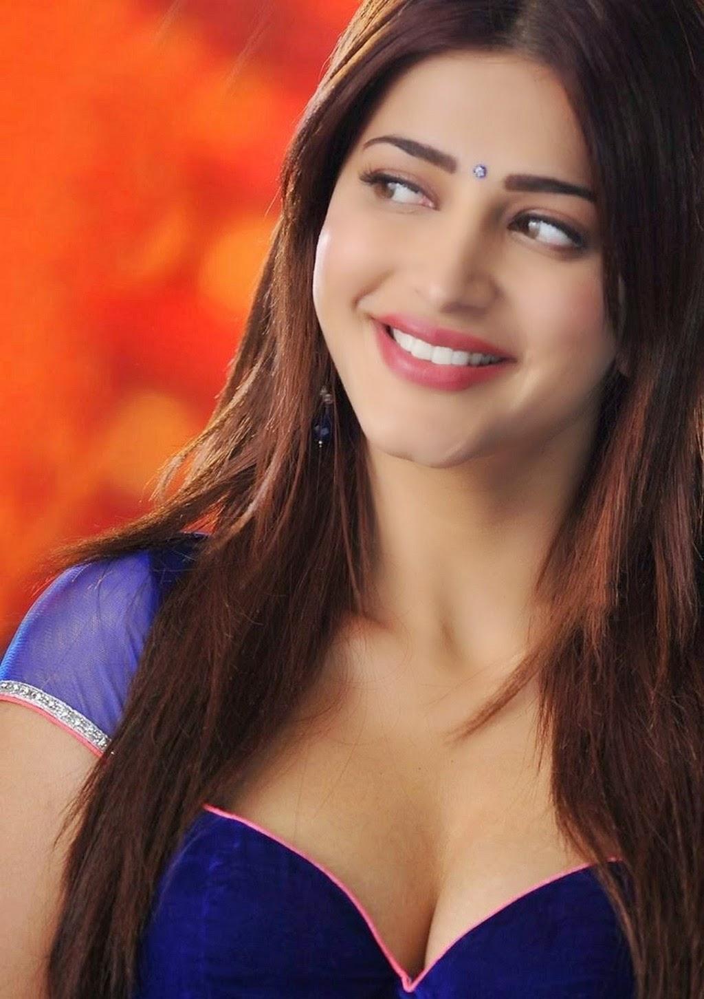 Shruti hassan hot photoshoot with dhanush