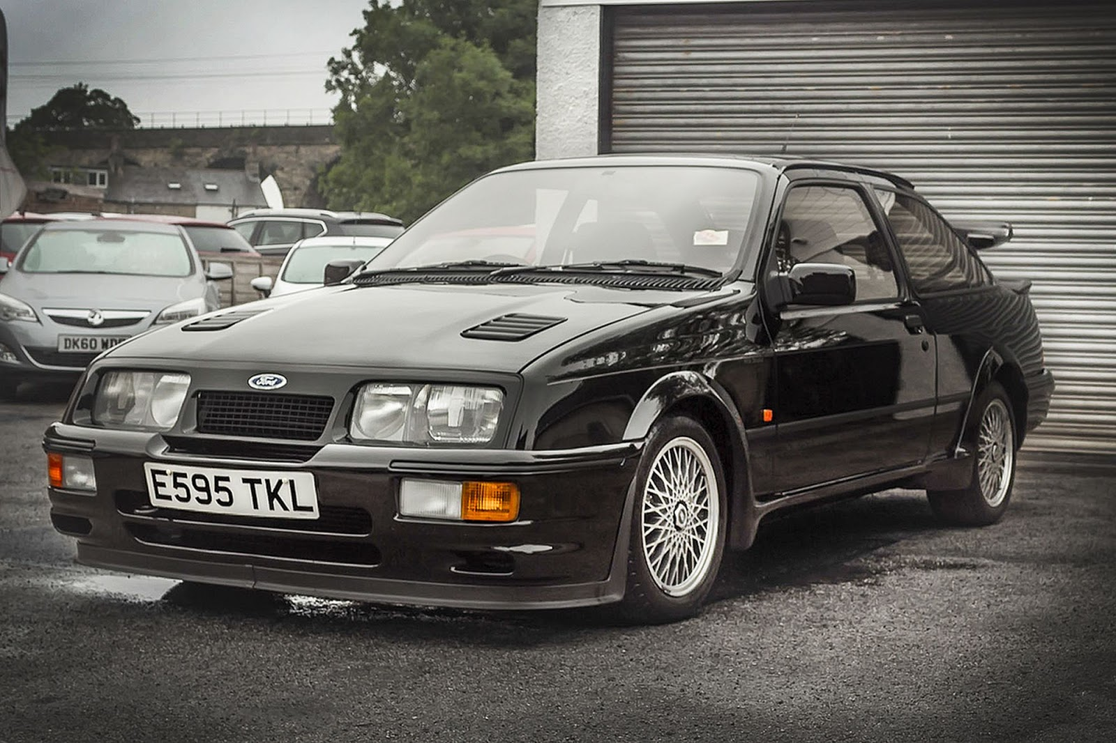 Rally Car Wallpapers Free Ford Sierra Cosworth Rs500 Sells For Staggering 148 000