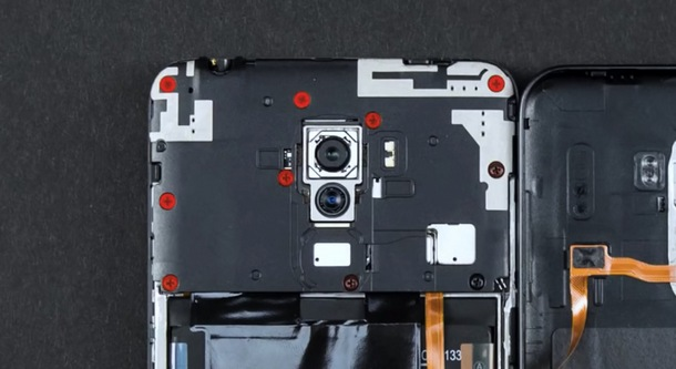 Pocophone F1 Teardown