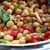 Disfruta de una nutritiva y deliciosa ensalada de garbanzos