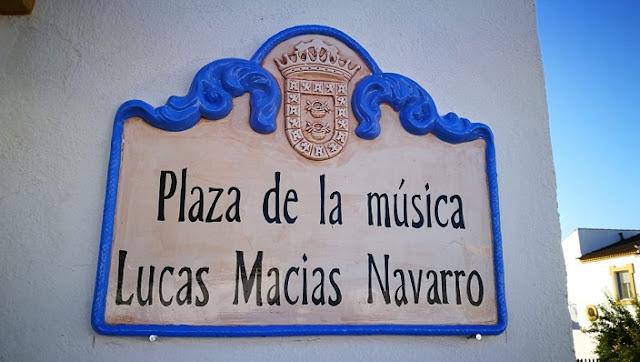 http://www.esvalverde.com/2018/07/plaza-de-la-musica-lucas-macias.html