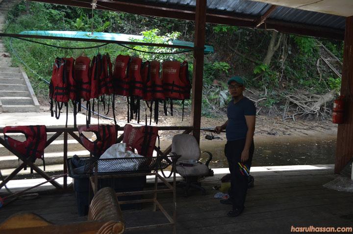 Memancing di Taman Negara Pahang