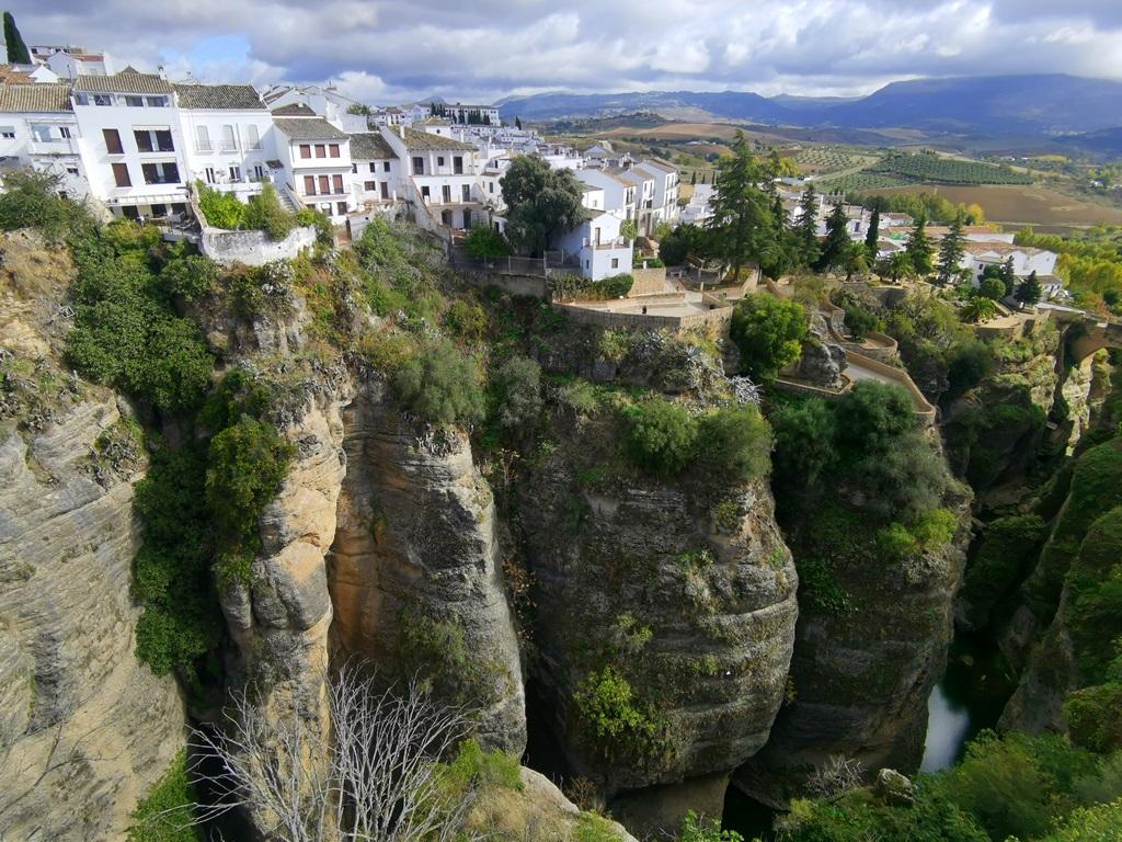 Ronda - hiszpańskie miasto na skałach