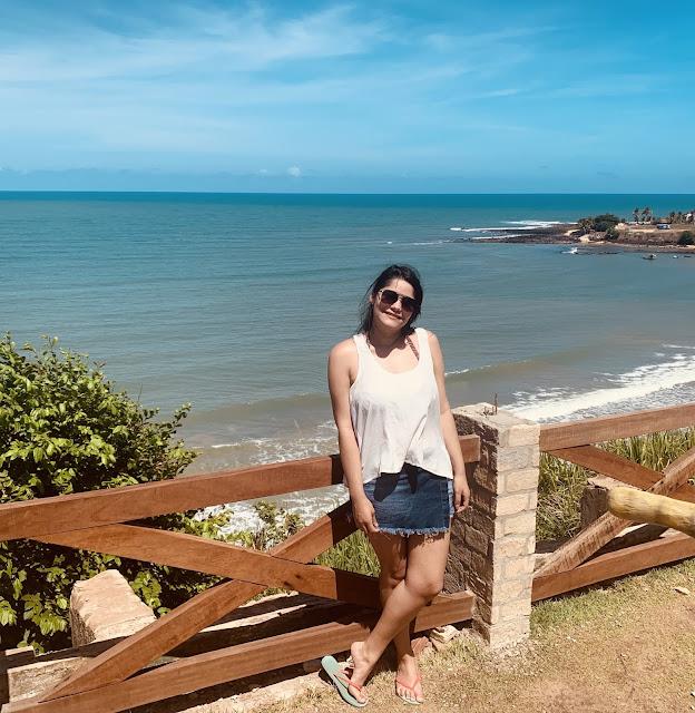 mirante de uma praia azul