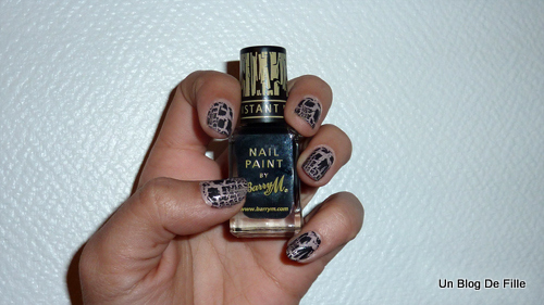 http://unblogdefille.blogspot.fr/2011/04/review-barry-m-instant-nail-effect.html