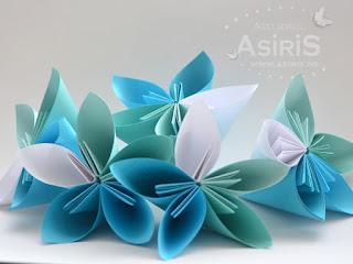 Decor pentru botez din flori origami din hartie turcoaz, venil si alb
