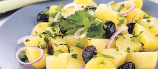 kartofelnyj-salat-s-maslinami
