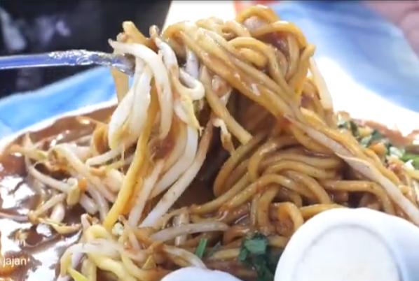 Mie lendir, makanan khas riau, makanan khas tanjung pinang