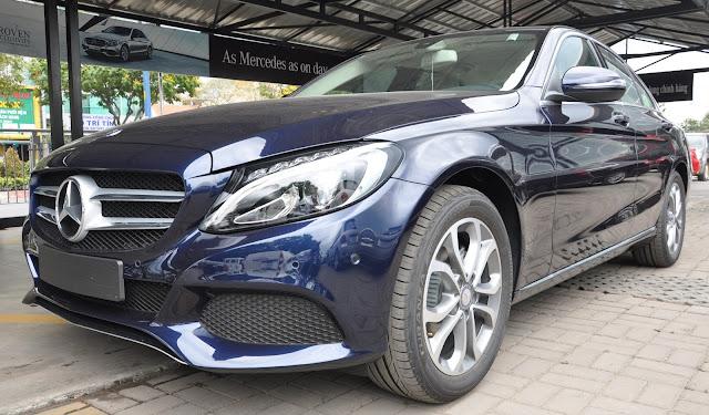 Mercedes C200 2017 là chiếc sedan thiết kế thể thao nhưng không kém phần sang trọng