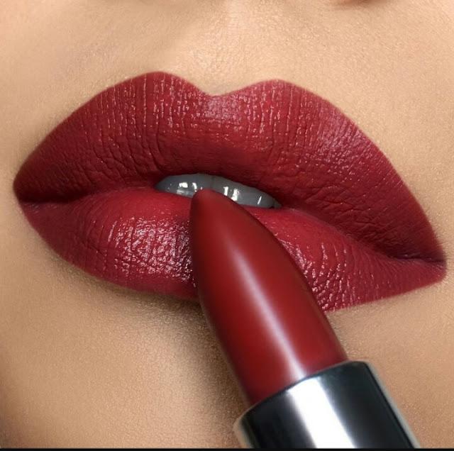 How lipstick made, lipstick kaise Banti hai, लिपस्टिक कैसे बनाई, लिपस्टिक घर पर बनाएं, लिपस्टिक में क्या पड़ता है, लिपस्टिक में कौन से सामान पड़ते हैं, लिपस्टिक