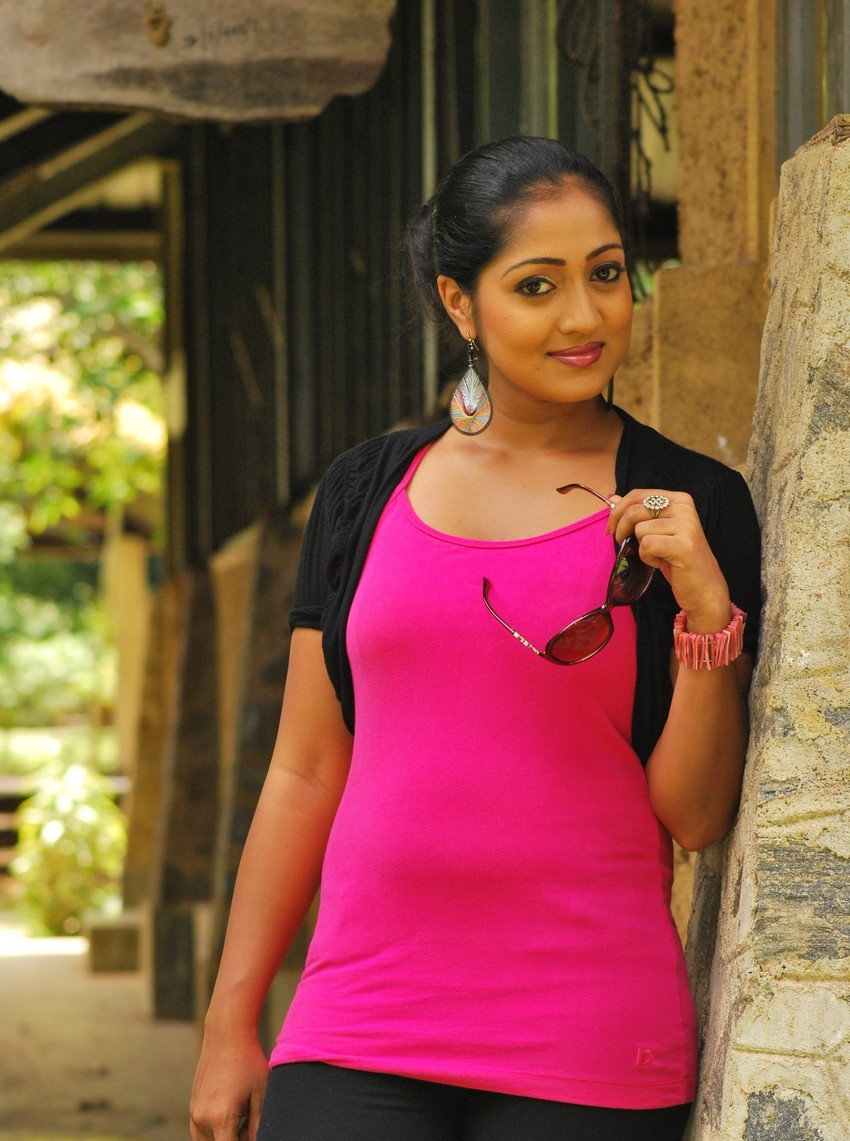 Sri Lankan Girlsceylon Hot Ladieslanka Sexy Girl Dilini -2680