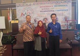 Foto: Tim Dosen Pengabdian Masyarakat Fisika Universitas Gajayana Malang di International Conference acara MISEIC 2019 Hotel Whindham Surabaya.