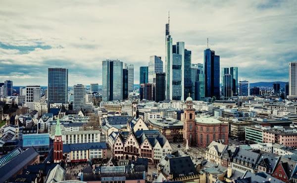 2021 年の ECB 金融政策決定会合 開催スケジュール(日本時間)