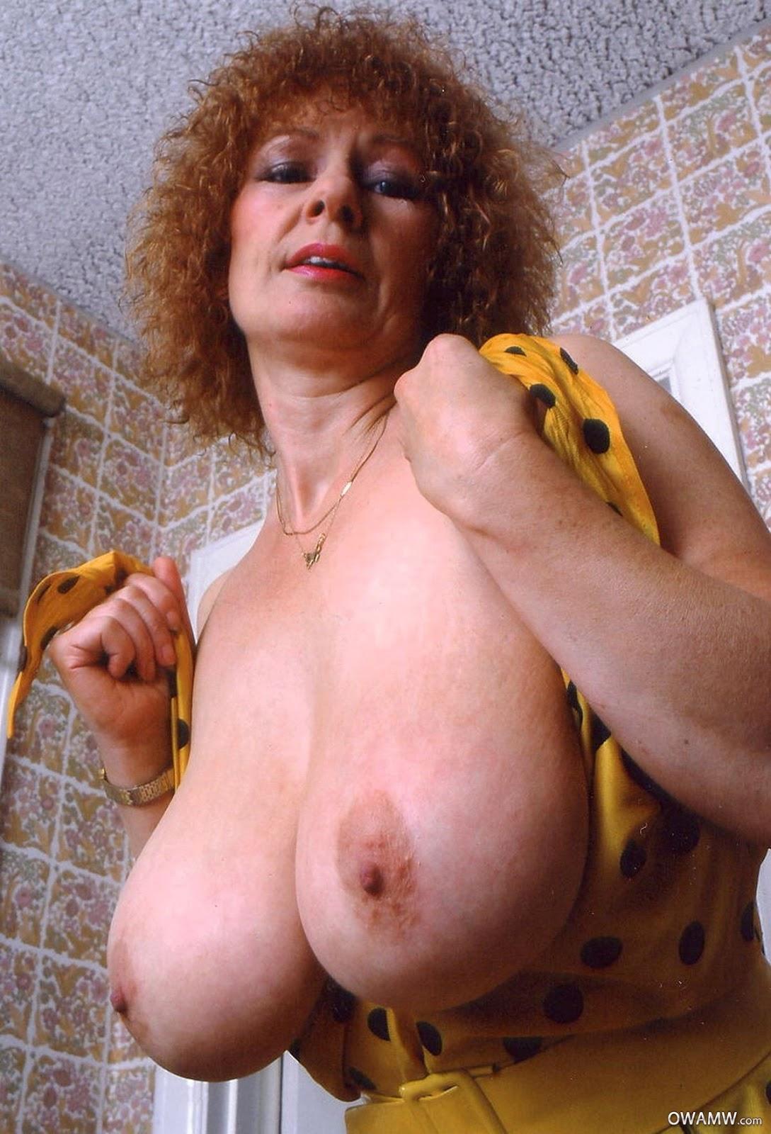 Mature Tits Nude