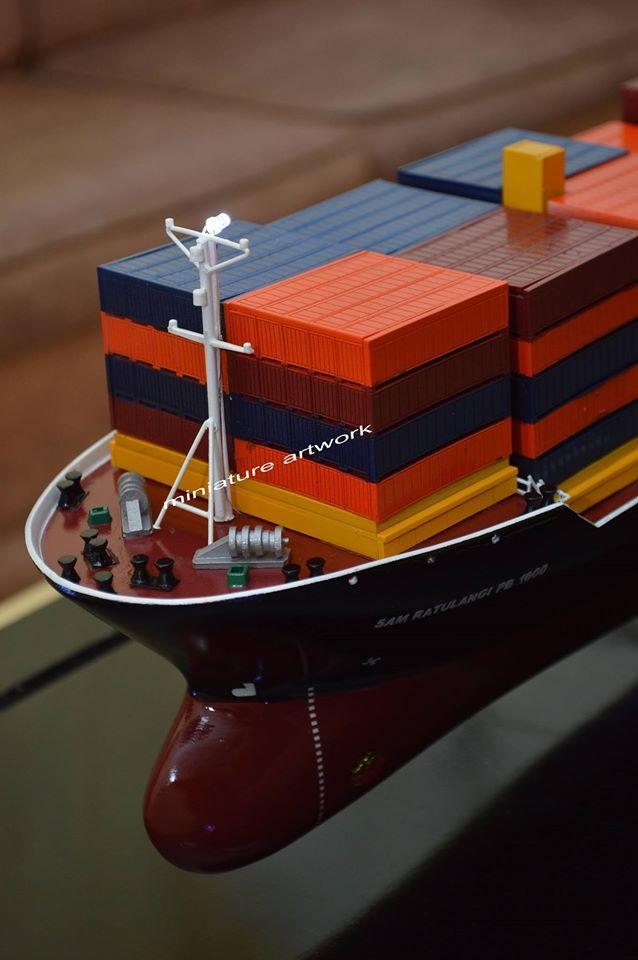 desain sketsa miniatur kapal mv sam ratulangi pb 1600 pt djakarta lloyd planet kapal rumpun artwork terbaik