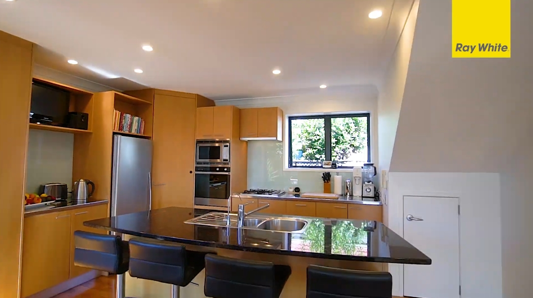 17 Interior Design Photos vs. 30 Ngaio St, Orakei Home Tour