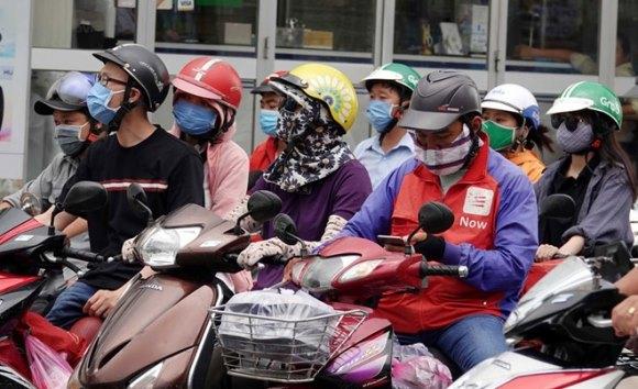 'Cháy hàng' khẩu trang chống bụi mịn ở Hà Nội và TP HCM