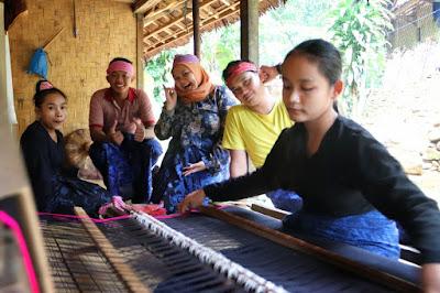 Rumah Perkampungan Suku Baduy Tanpa Pemandu