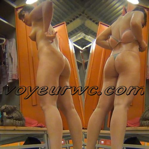 LockerRoom Spy 265-269 (Girls Dress Up in the Locker Room Sporting Club SpyCam)