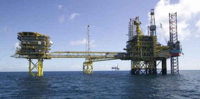 DPRD Provinsi Maluku meminta Dinas Energi Sumber Daya Mineral (ESDM) lebih transparan dalam menentukan besaran target penerimaan Dana Bagi Hasil (DBH) minyak dan gas bumi (Migas)serta pertambangan umum.