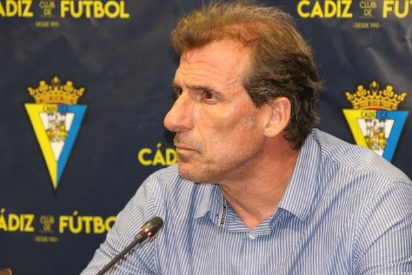 Oficial: Cádiz, Óscar Arias deja de ser director deportivo