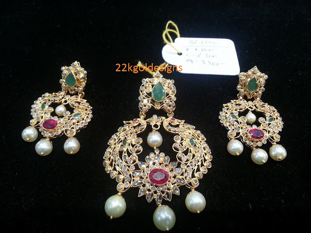 Chandbali style uncut pendant and earrings
