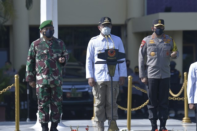 Pangdam III/Slw Bersama Kapolda Dampingi Gubernur Pimpin Apel Konsolidasi Sinergi TNI-Polri Dan Pemda Prov. Jabar