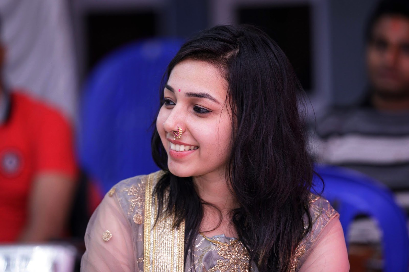 song Shree krishna Govind Hare Murare, 23 years old girl, maanya arora age, biography, wiki, wikipedia, bhajan mp3 download,