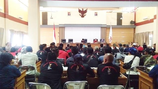 Pembangunan Peningkatan Jalan Gunung Kelir-Bojongkondang Diprotes Masyarakat
