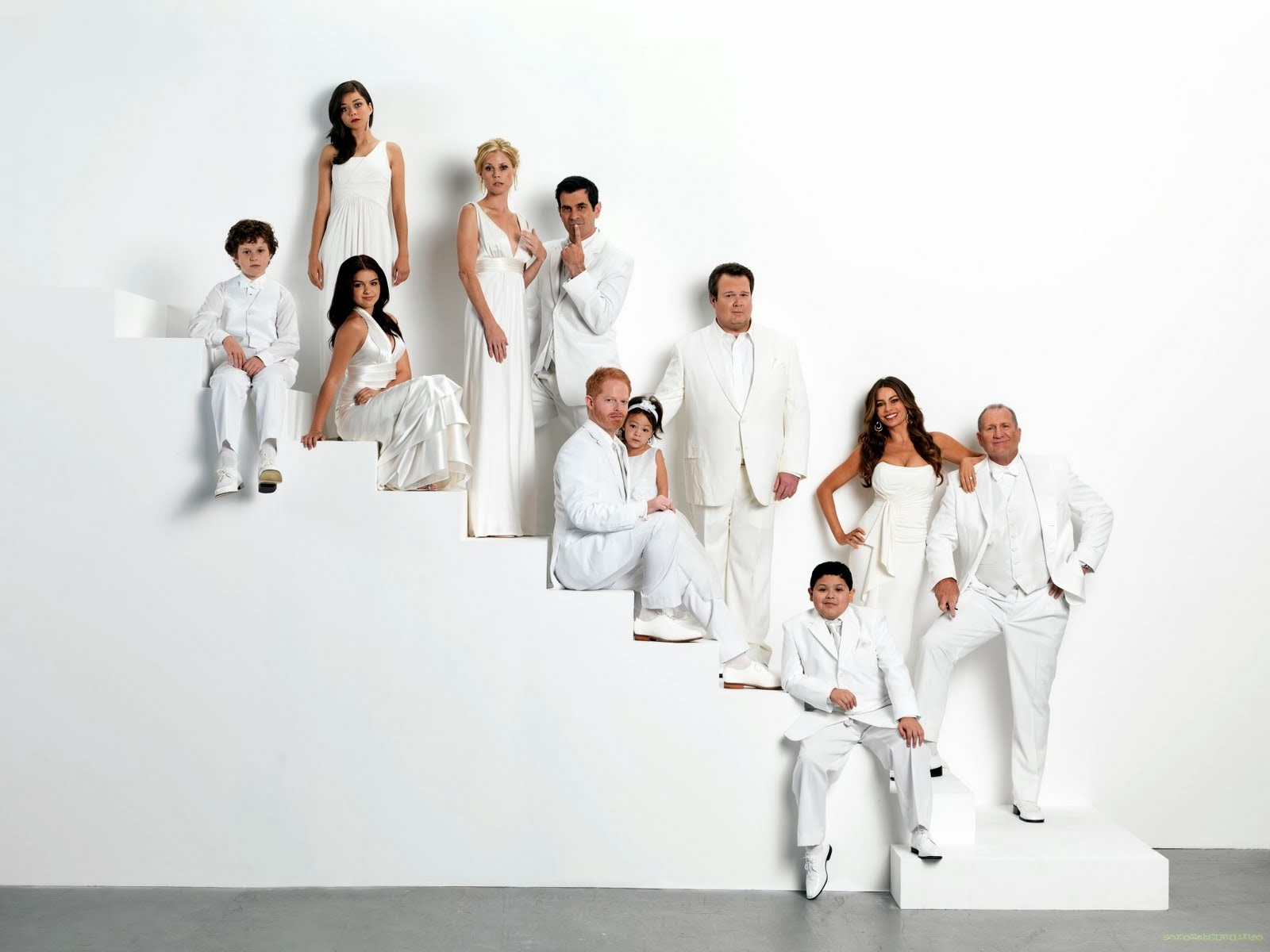 modern family images wallpaper - photo #24