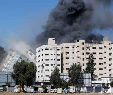 Pebão:8 crianças morrem em ataque de israel a gaza; prédio de tv colapsa