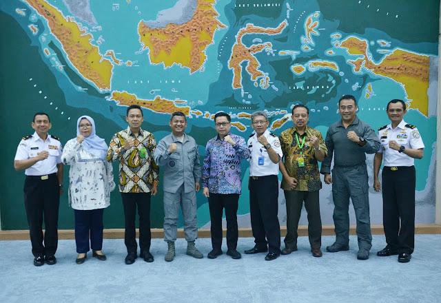 Kerjasama Penegakan Hukum Di Laut, Bakamla Gandeng KLHK