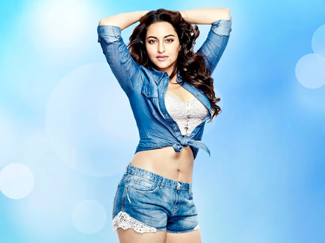 Sonakshi Sinha's wavy hair is making this look even more admirable.
