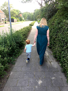 Wir beide machen einen kleinen Spaziergang