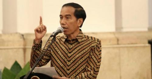 Jokowi Ke Pengusaha: Tinggal di sini, Cari rezeki di sini, Untung di sini, Kok Uangnya Ditaruh di Negara lain?