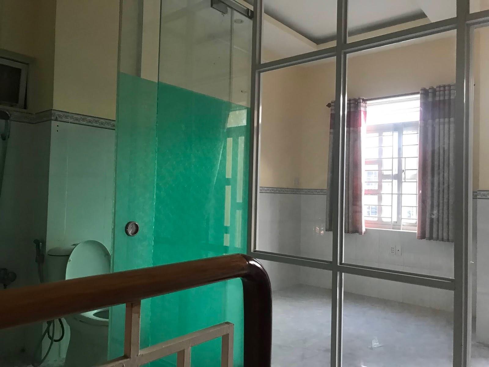 Bán nhà hẻm 3189 Phạm Thế Hiển phường 7 Quận 8. Dt 4,5x8m trệt 2 lầu