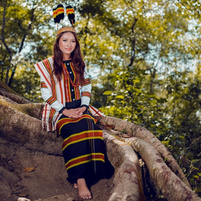 Mizo Attire by Miss Mizoram