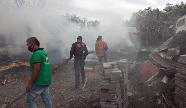 Pabrik Kayu PT Rimba Mulia Sejahtera Terbakar